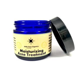 Moiturizing-Acne-Treatment