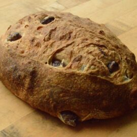 olive-sourdough-bread